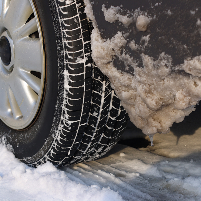 Les pneus conçus spécifiquement pour la conduite hivernale