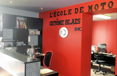 École de moto Guyome Blais à Saint-Nicolas